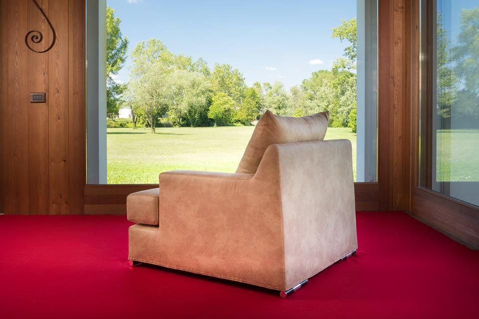 Divano teedy venice arredamenti interni divani for Bergamin arredamenti mestre